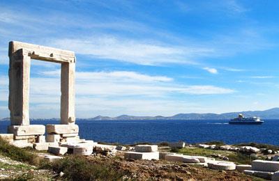 Santorini Naxos